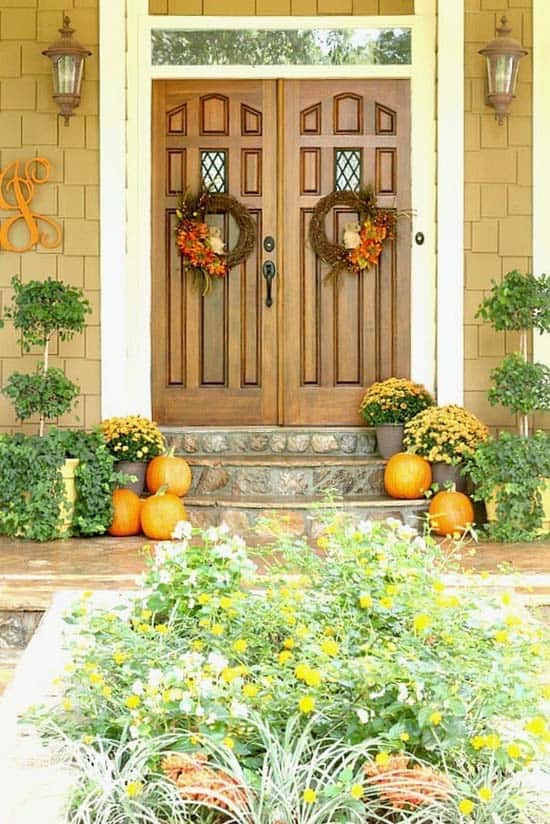 Fall Outdoor Decorating Ideas-30-1 Kindesign