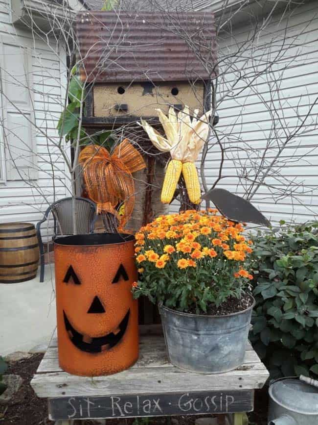 Fall Outdoor Decorating Ideas-31-1 Kindesign