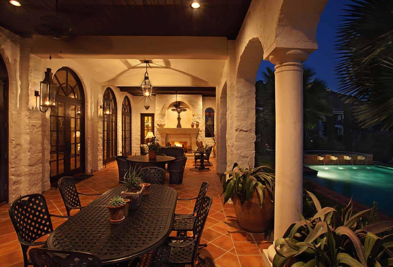 Mediterranean Style Lake House-Cornerstone Architects-09-1 Kindesign