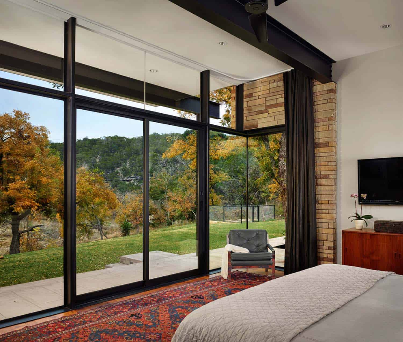 Modern Creekside Home-Baldridge Architects-05-1 Kindesign