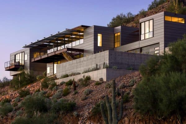 featured posts image for Concrete, glass and steel structure hovers above Arizona desert