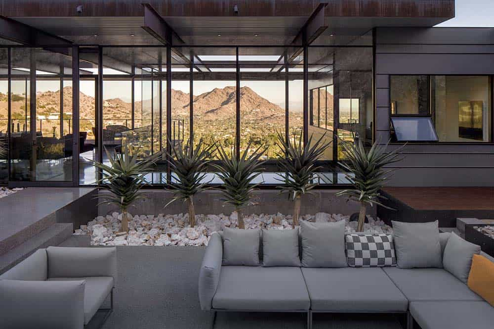 Modern Desert Home-Construction Zone-11-1 Kindesign
