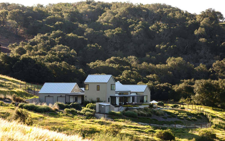 Modern Farmhouse-Gast Architects-04-1 Kindesign