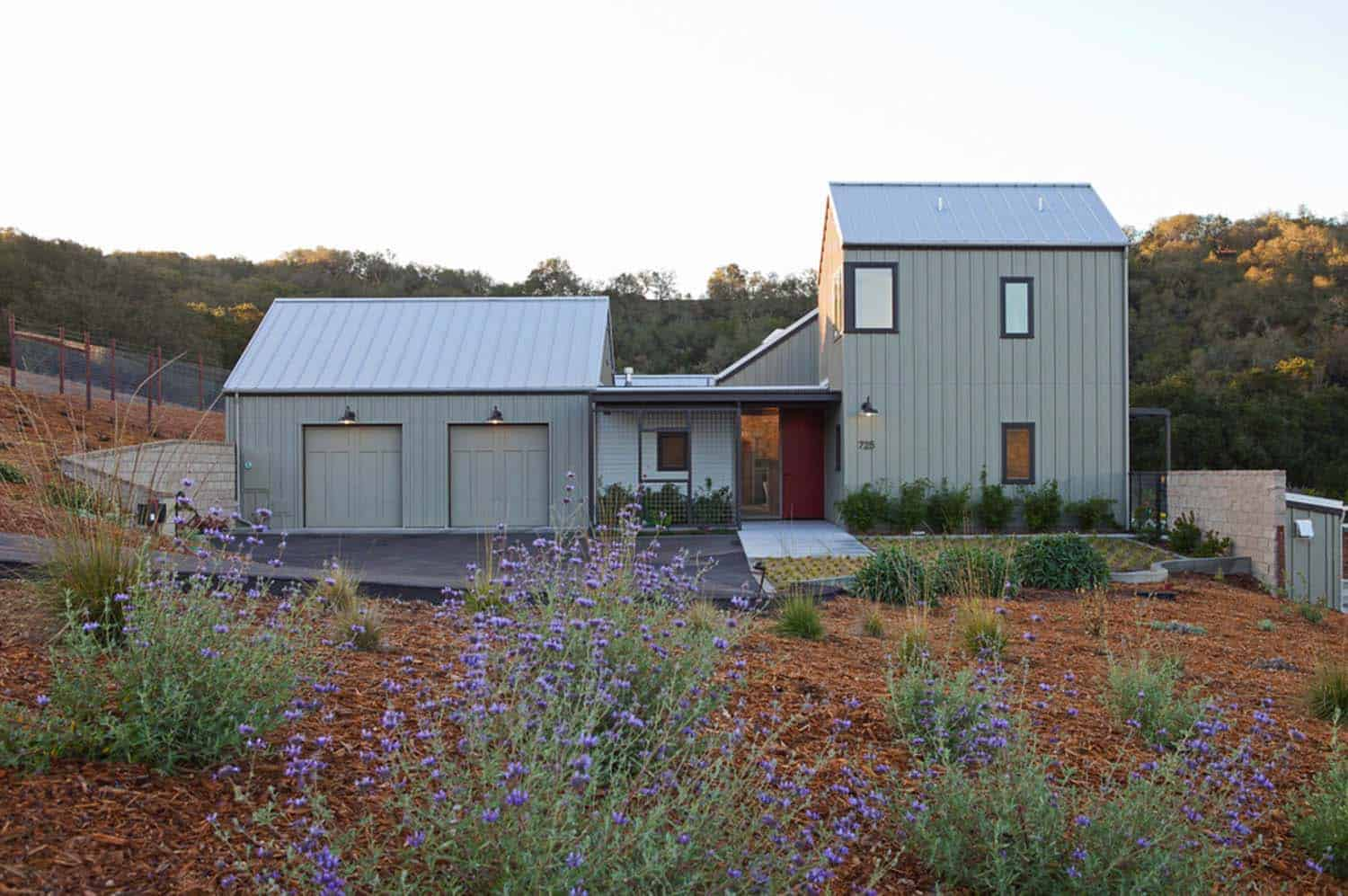 Sustainably designed modern farmhouse near the california for New farmhouses