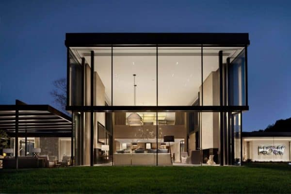 featured posts image for Modern farmhouse style in Nashville defined by walls of glass