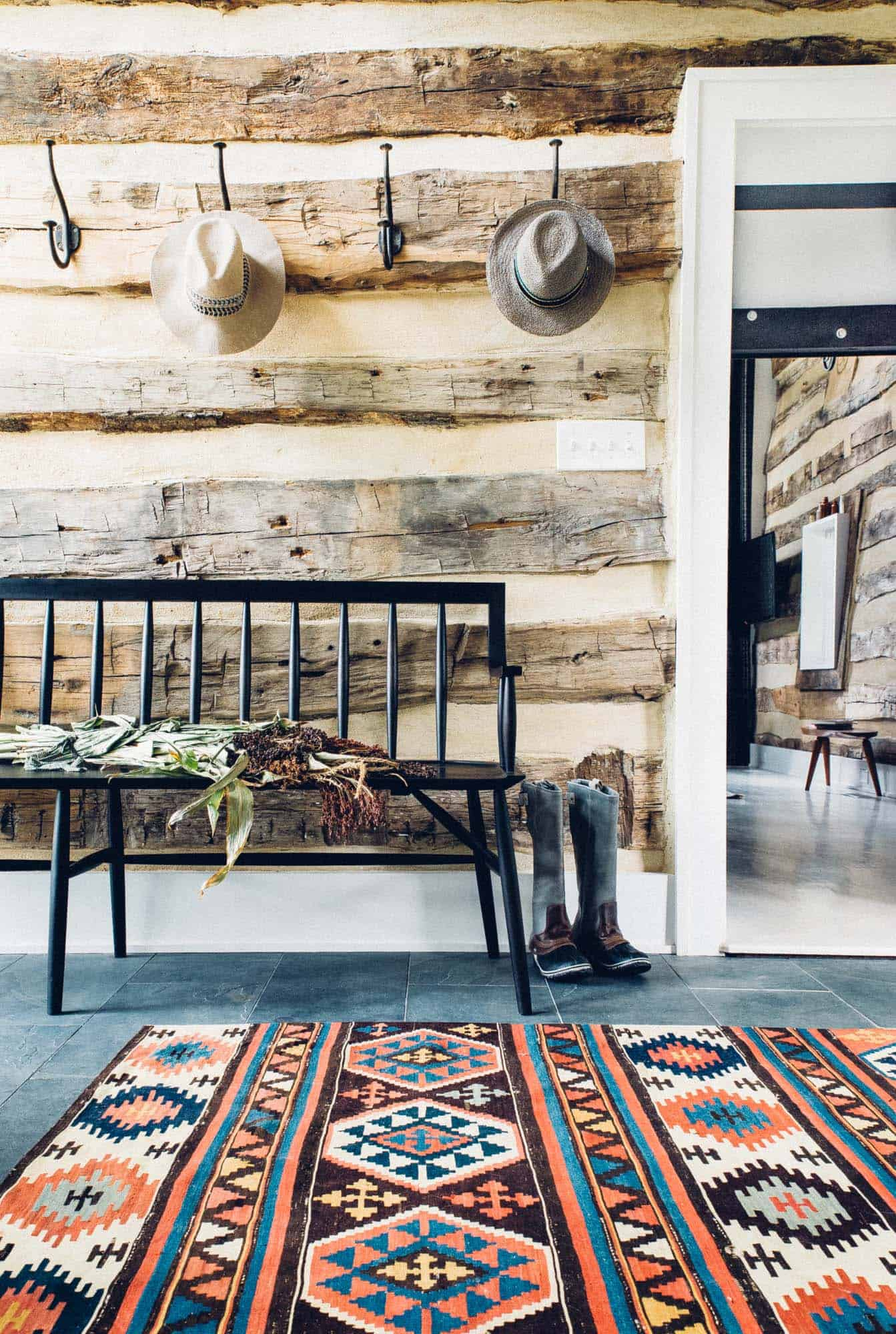Modernized Historic Farmhouse-Cortney Bishop-04-1 Kindesign