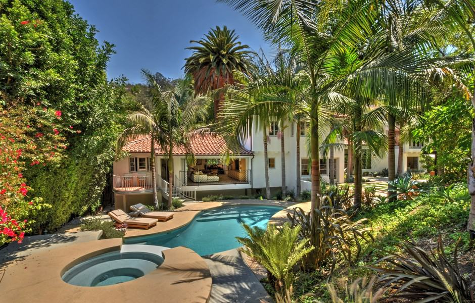 Spanish Style Estate-Charles Infante-32-1 Kindesign