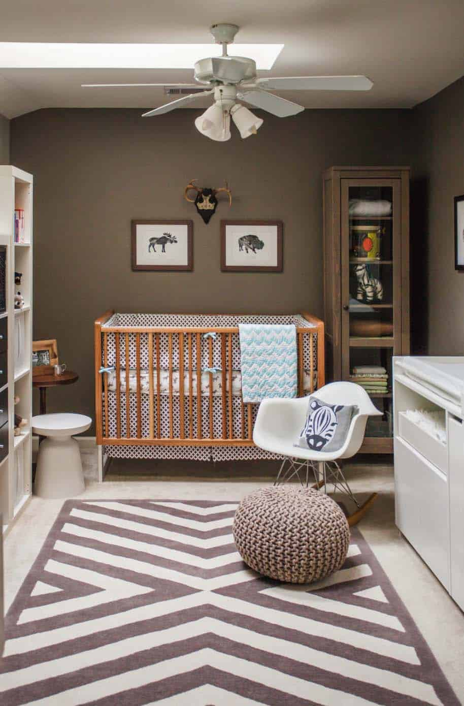 Stylish Nursery Decorating Ideas-09-1 Kindesign