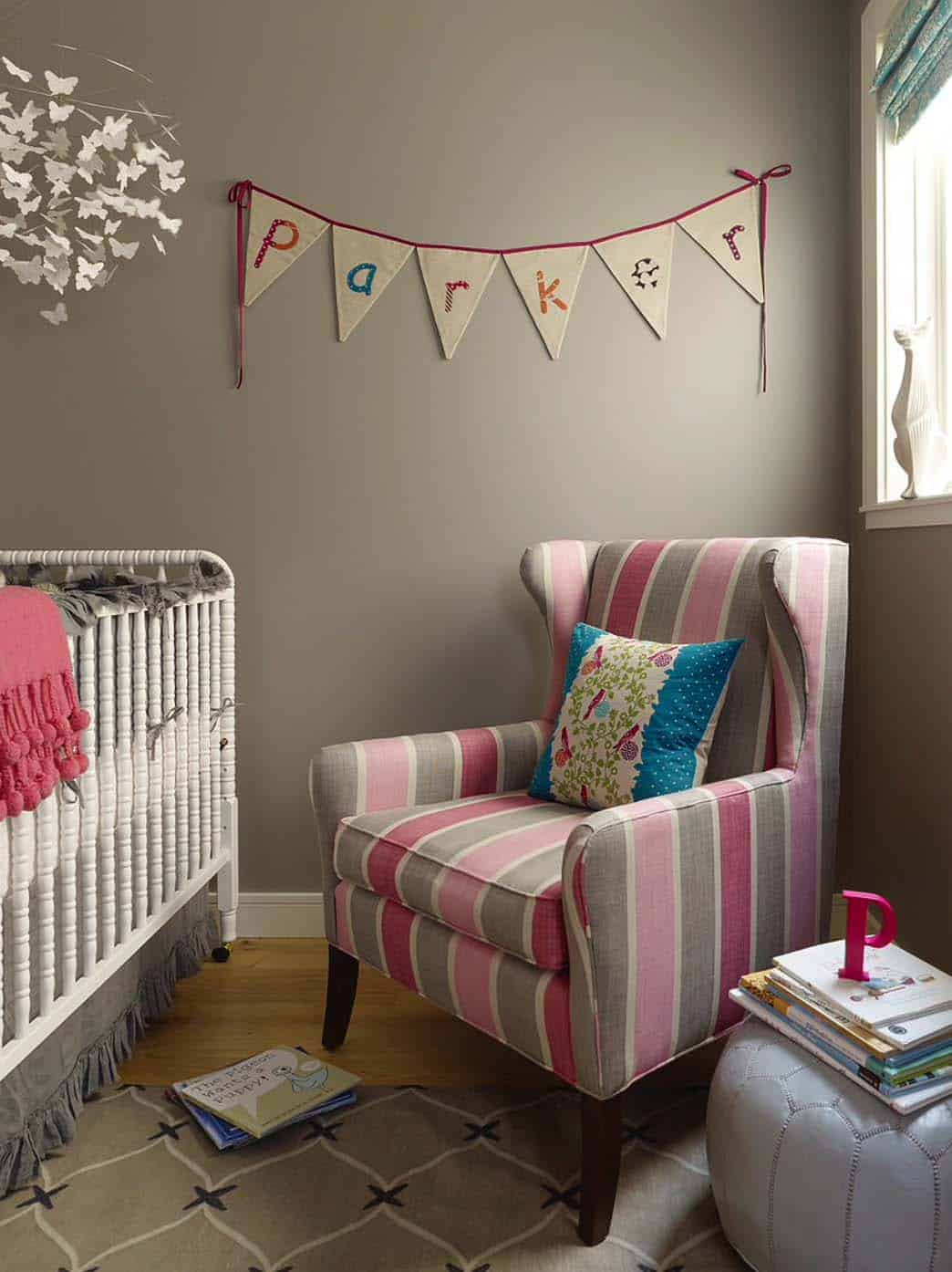 Stylish Nursery Decorating Ideas-32-1 Kindesign