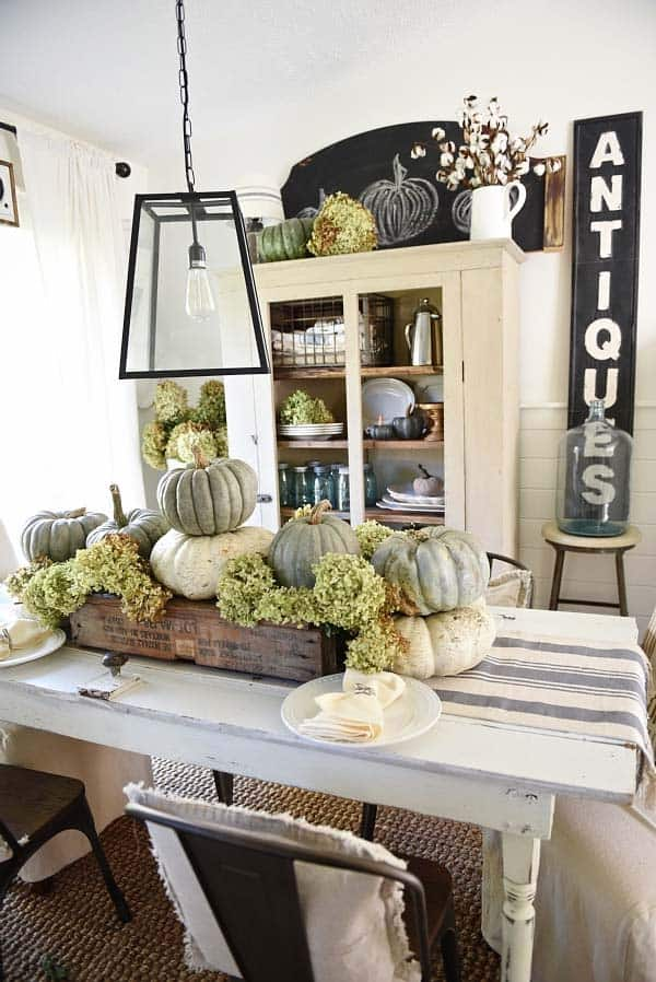 Beautiful Fall Decorating Ideas 03 1 Kindesign