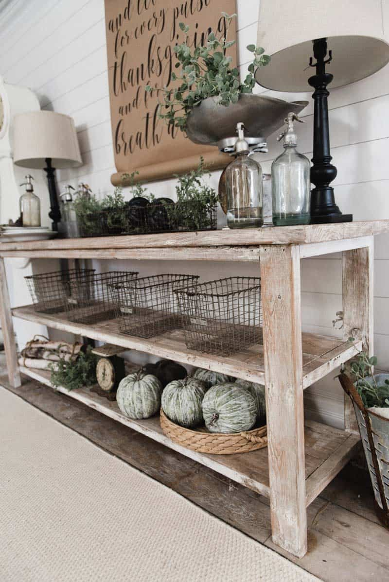 A Cookie Cutter Tract Home In Countryside Area Of Arizona Gets Some Farmhouse Flair Added To It Spiced Up With Little Fall Decor For The Holidays