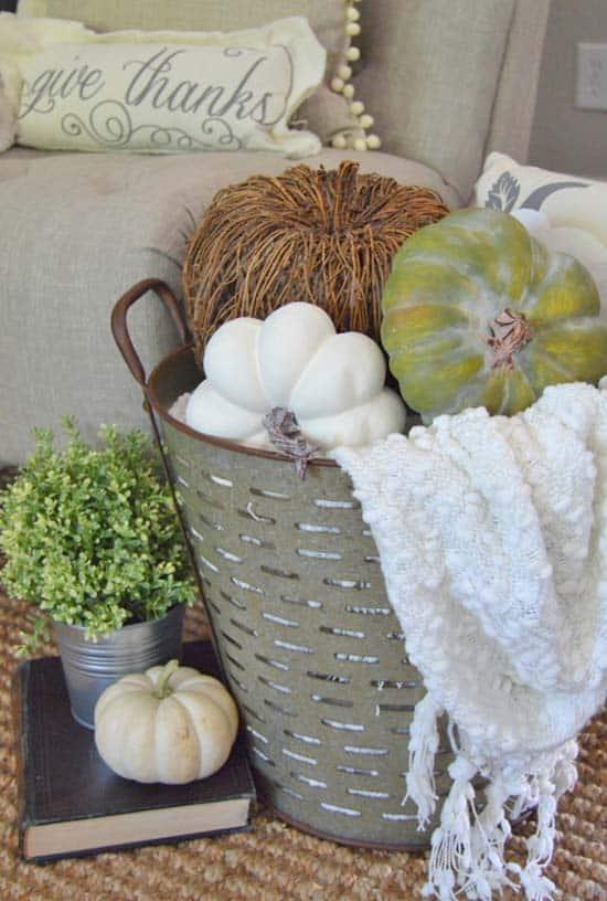 Beautiful Fall Decorating Ideas-19-1 Kindesign