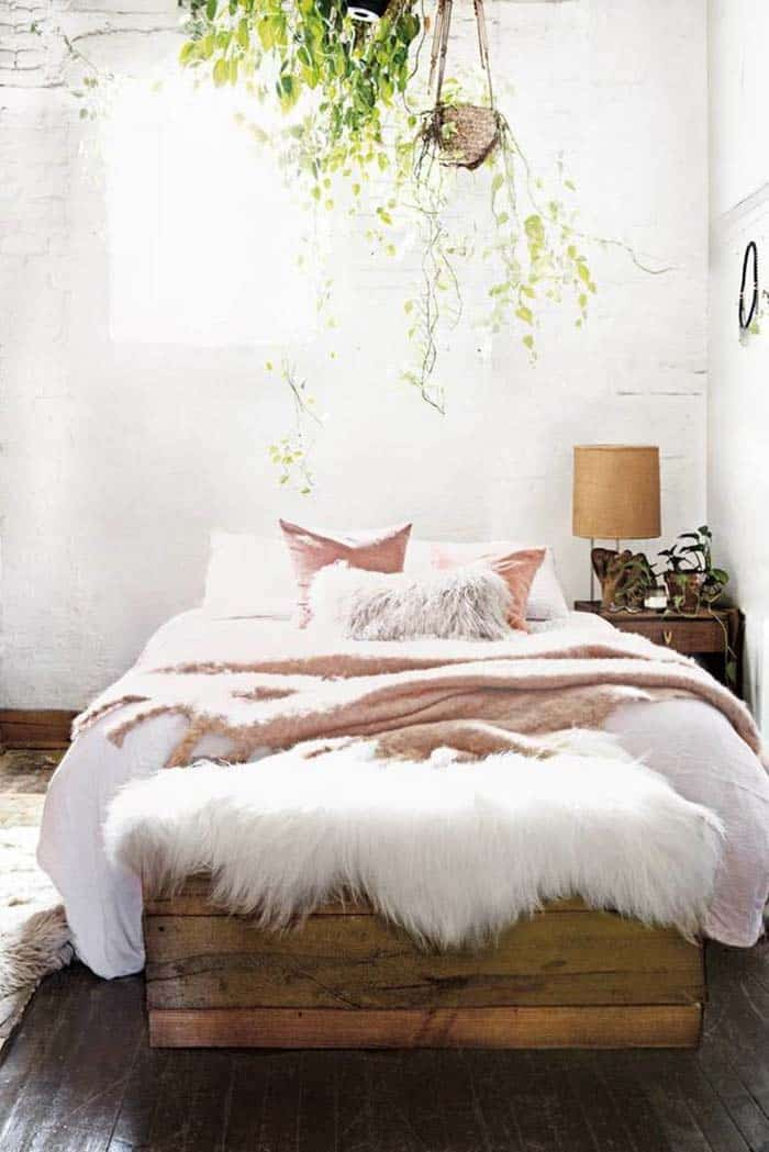 bedroom-decorating-for-fall-02-1-kindesign