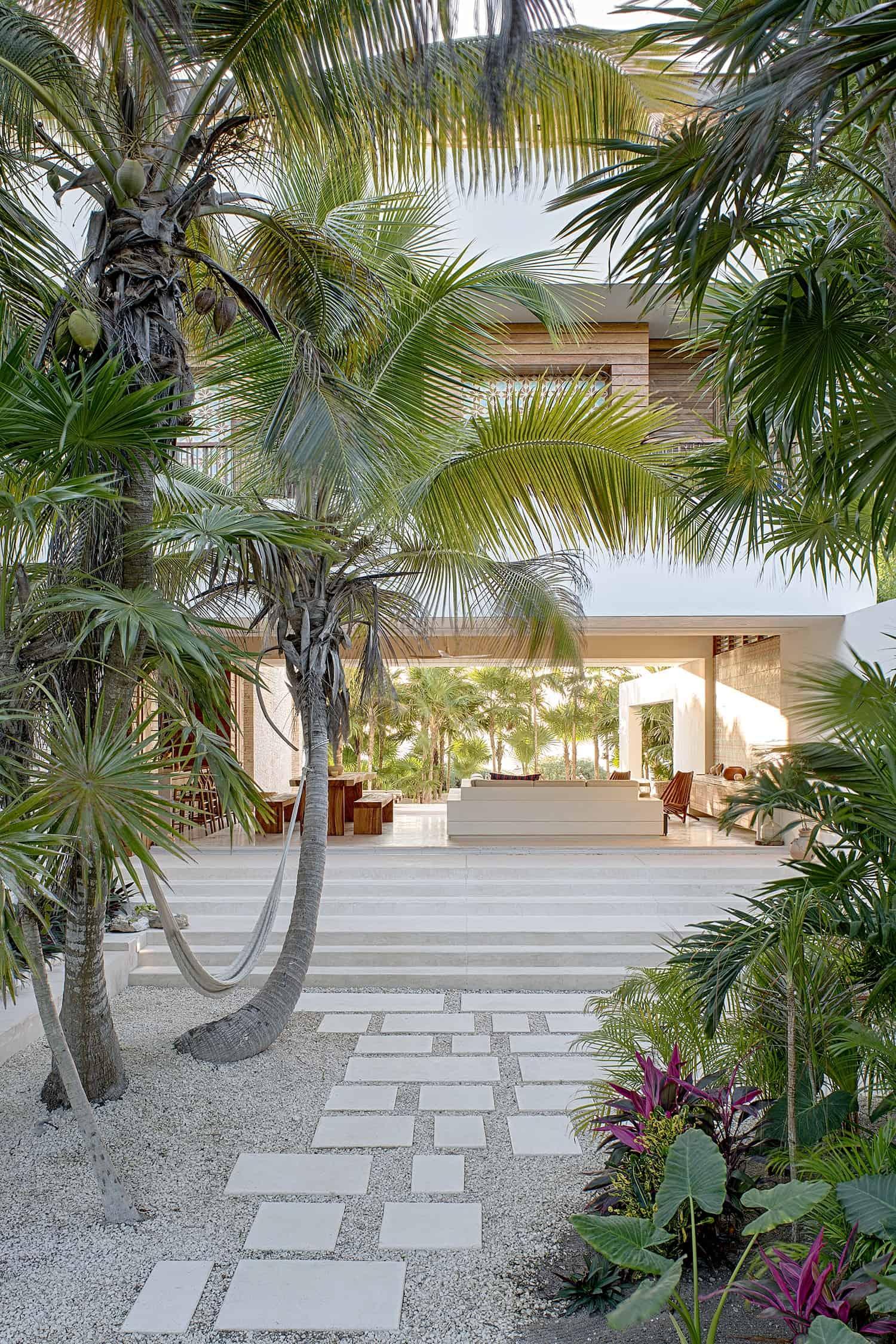 ecoluxe-private-villa-specht-harpman-27-1-kindesign