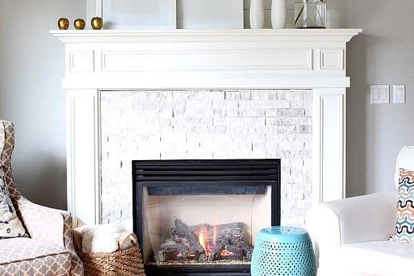 featured posts image for 30+ Amazing fall decorating ideas for your fireplace mantel