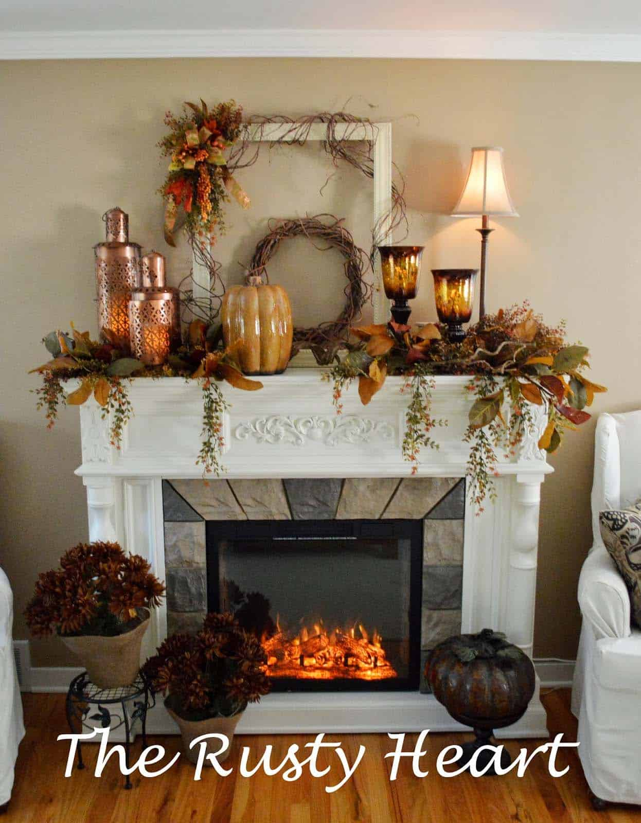 30 amazing fall decorating ideas for your fireplace mantel for Decor over fireplace