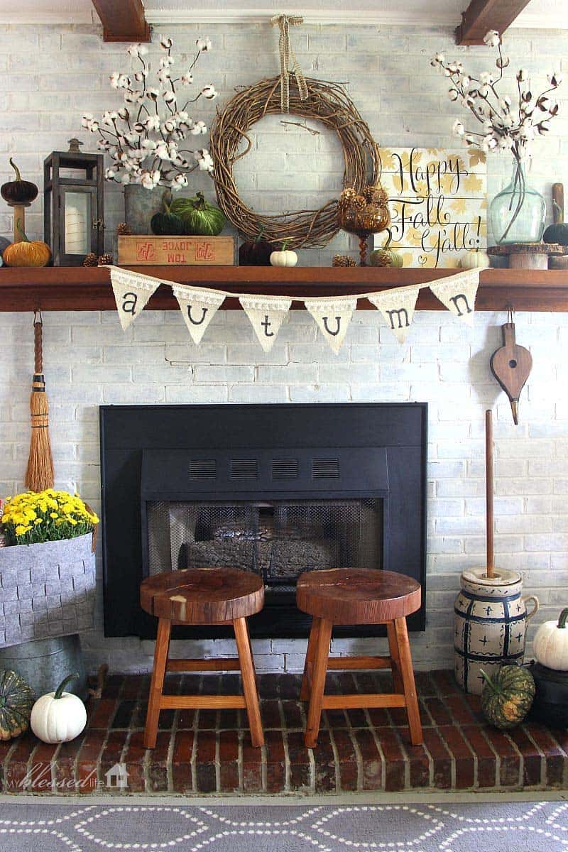 30 amazing fall decorating ideas for your fireplace mantel for Design your own fireplace
