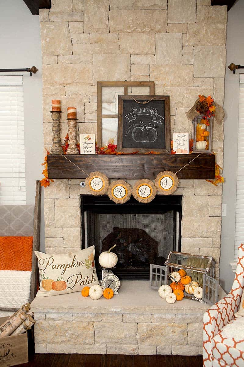Outstanding 30 Amazing Fall Decorating Ideas For Your Fireplace Mantel Home Interior And Landscaping Dextoversignezvosmurscom