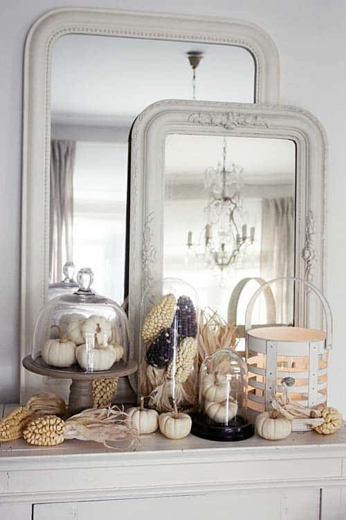 fall-decorating-ideas-fireplace-mantel-30-1-kindesign