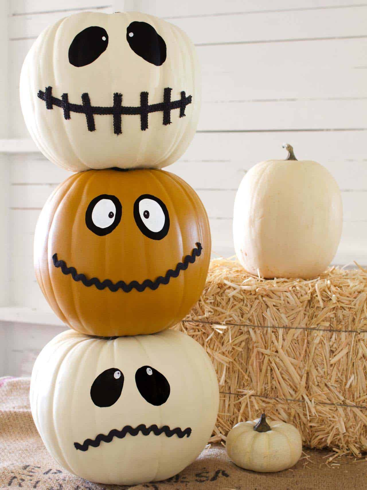 fall-decorating-ideas-white-pumpkins-08-1-kindesign