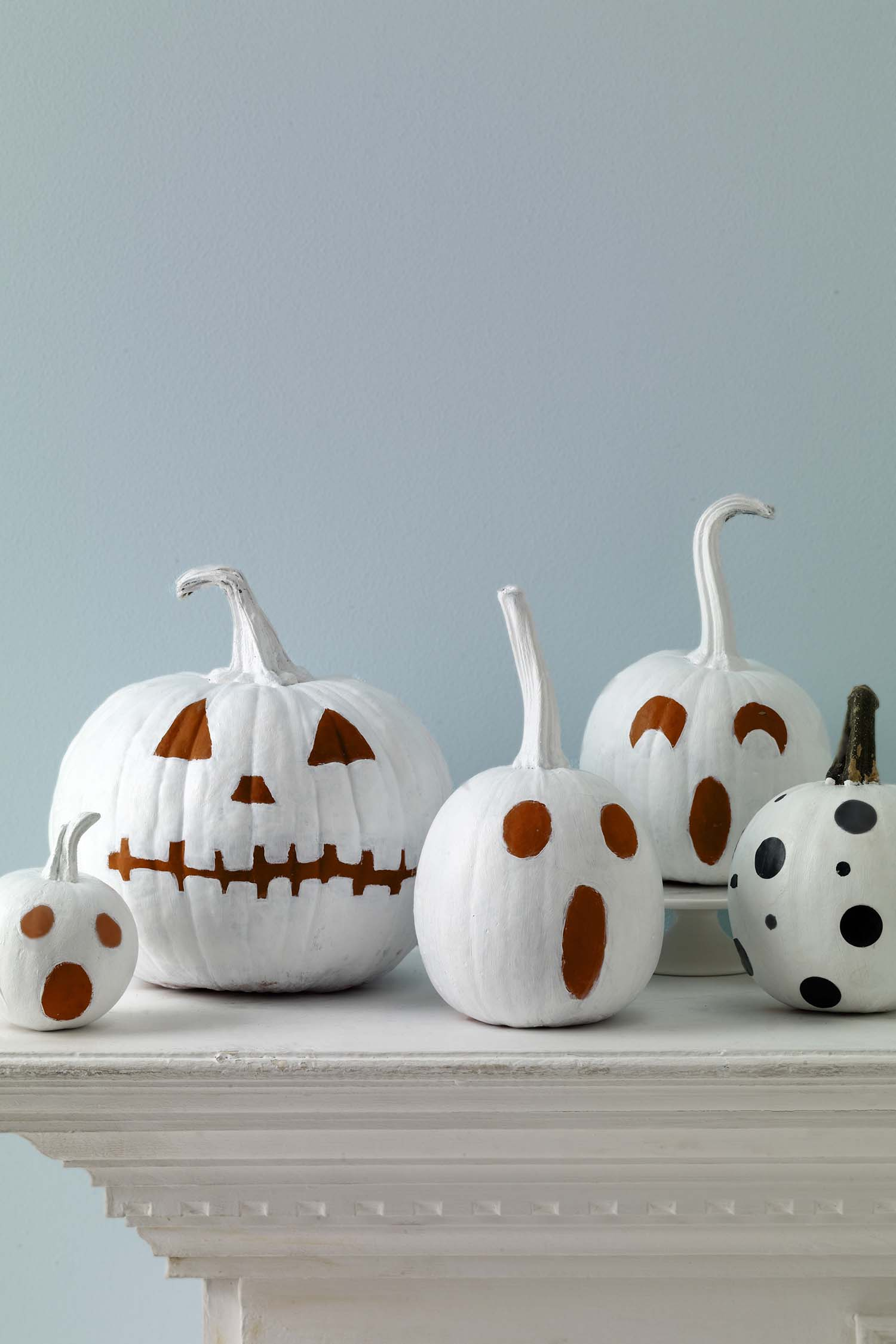 fall-decorating-ideas-white-pumpkins-10-1-kindesign