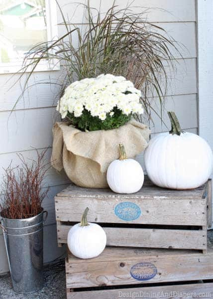 fall-decorating-ideas-white-pumpkins-18-1-kindesign