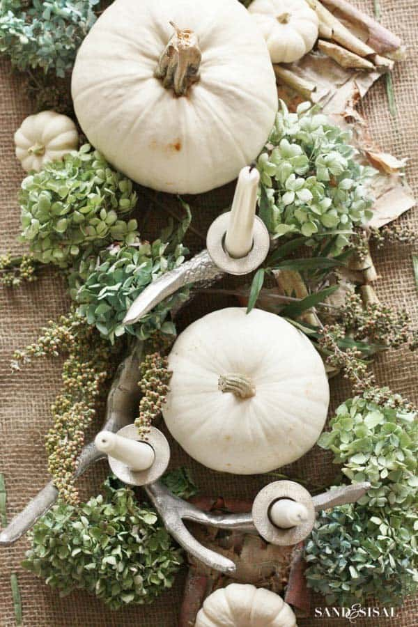 fall-decorating-ideas-white-pumpkins-26-1-kindesign
