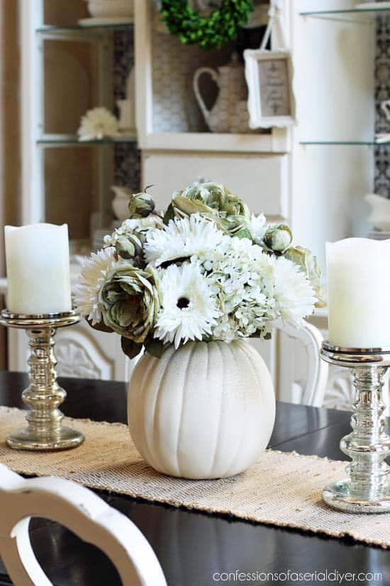 fall-decorating-ideas-white-pumpkins-27-1-kindesign