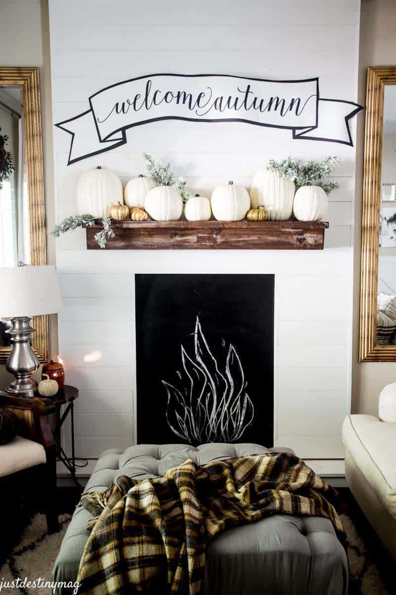 fall-decorating-ideas-white-pumpkins-31-1-kindesign