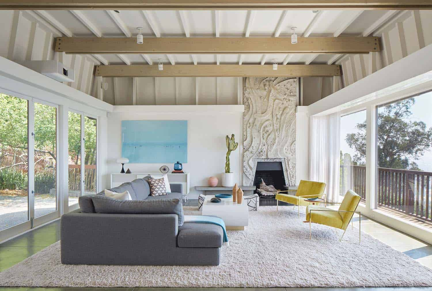 Mid century modern residence in berkley hills gets for California contemporary interior design