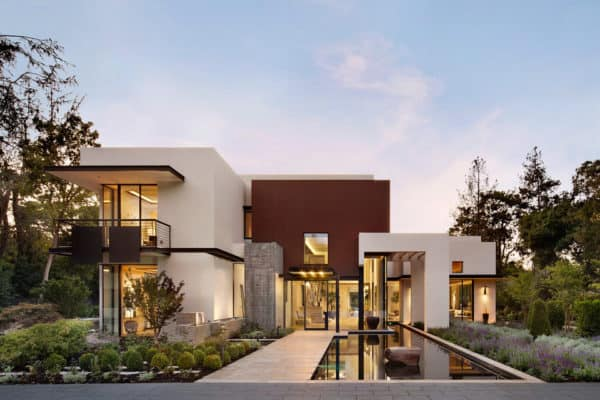 featured posts image for Fascinating modern property in California boasts luxury amenities