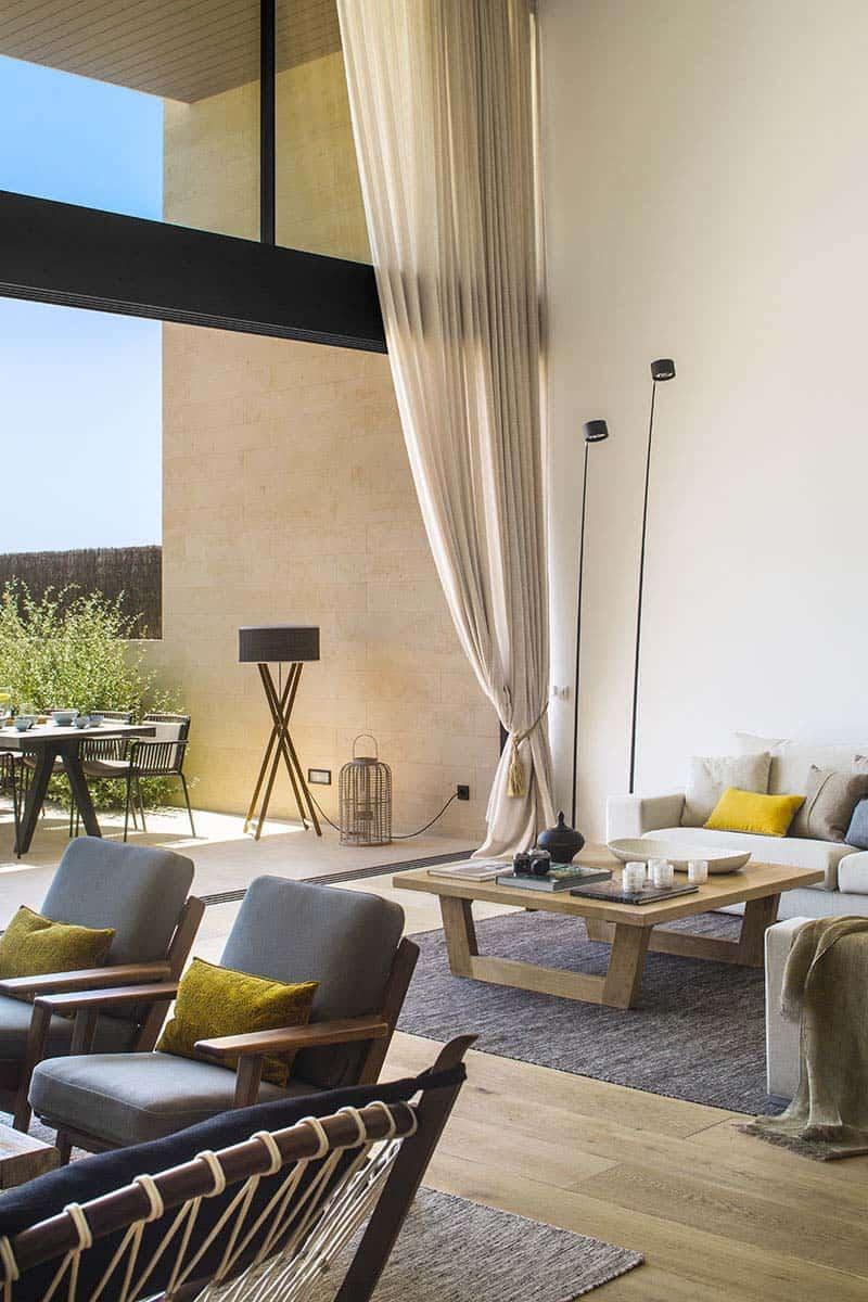 modern-home-mallorcan-coast-organic-studio-04-1-kindesign