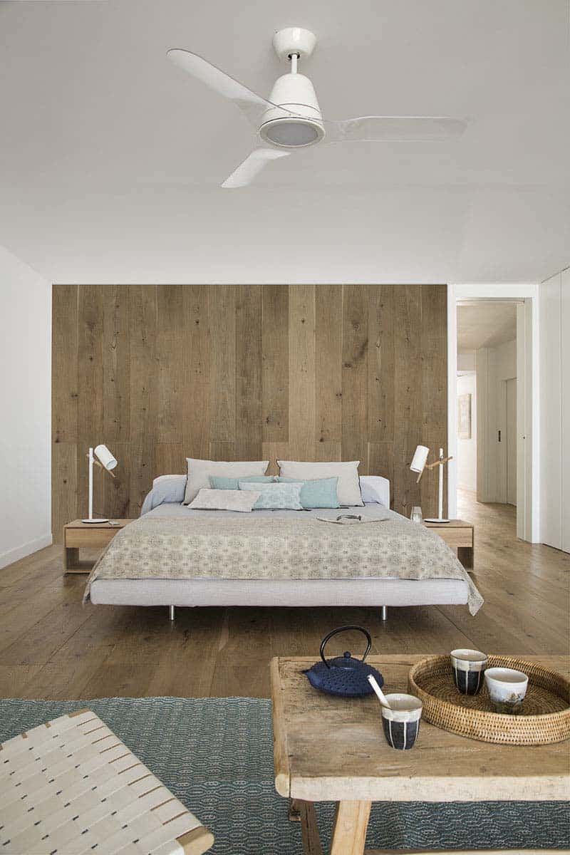 modern-home-mallorcan-coast-organic-studio-16-1-kindesign