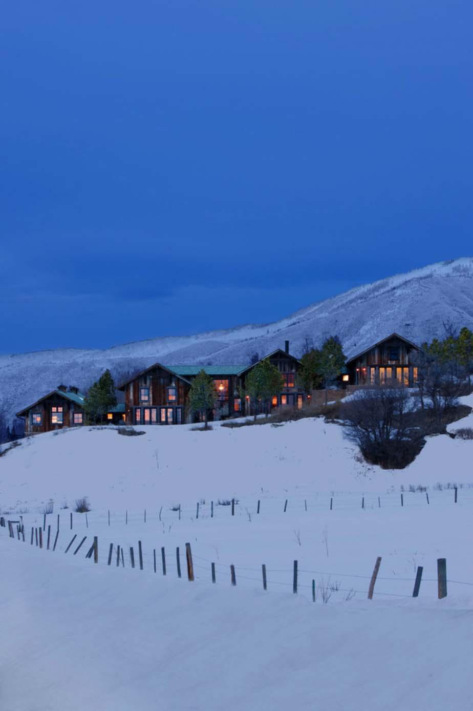 Modern Rustic Mountain Retreat-Frank de Biasi Interiors-22-1 Kindesign
