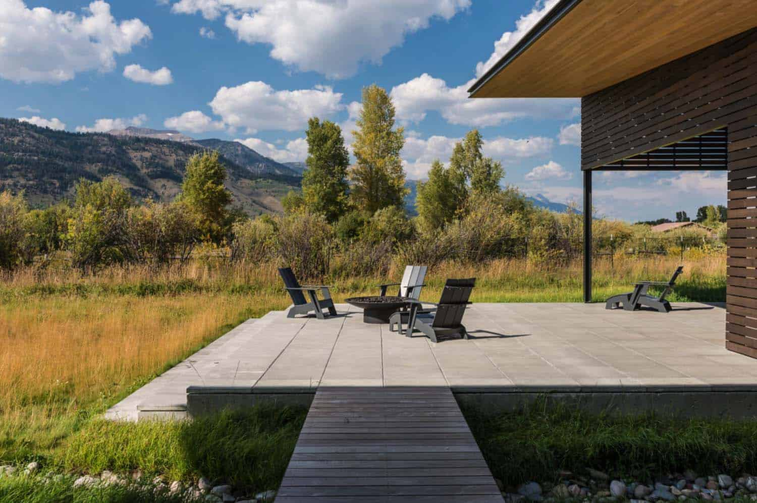 mountain-contemporary-home-carney-logan-burke-02-1-kindesign