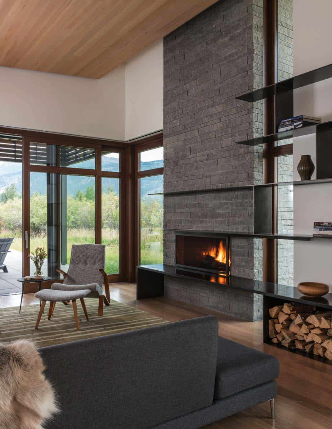 mountain-contemporary-home-carney-logan-burke-22-1-kindesign