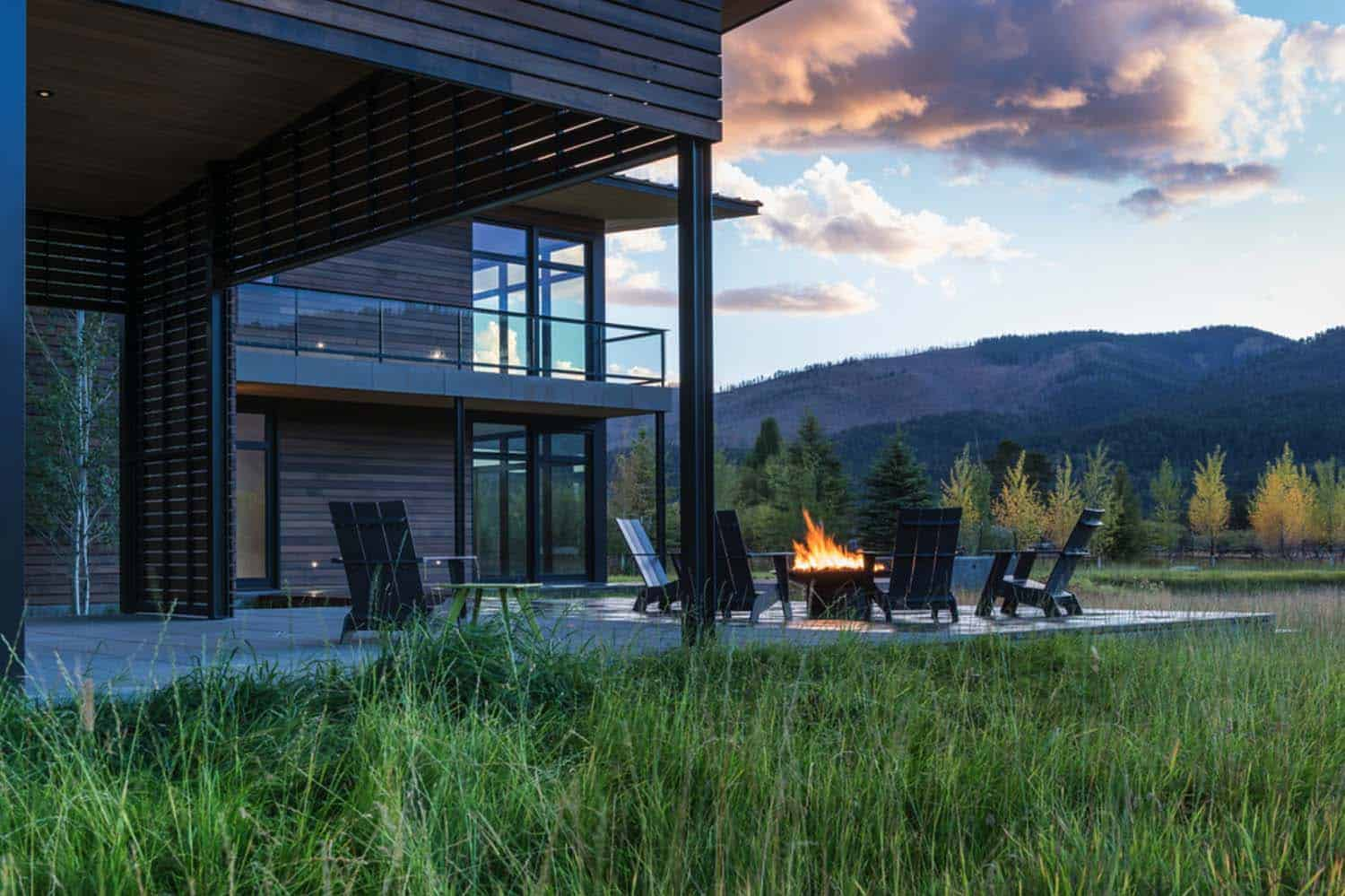mountain-contemporary-home-carney-logan-burke-34-1-kindesign