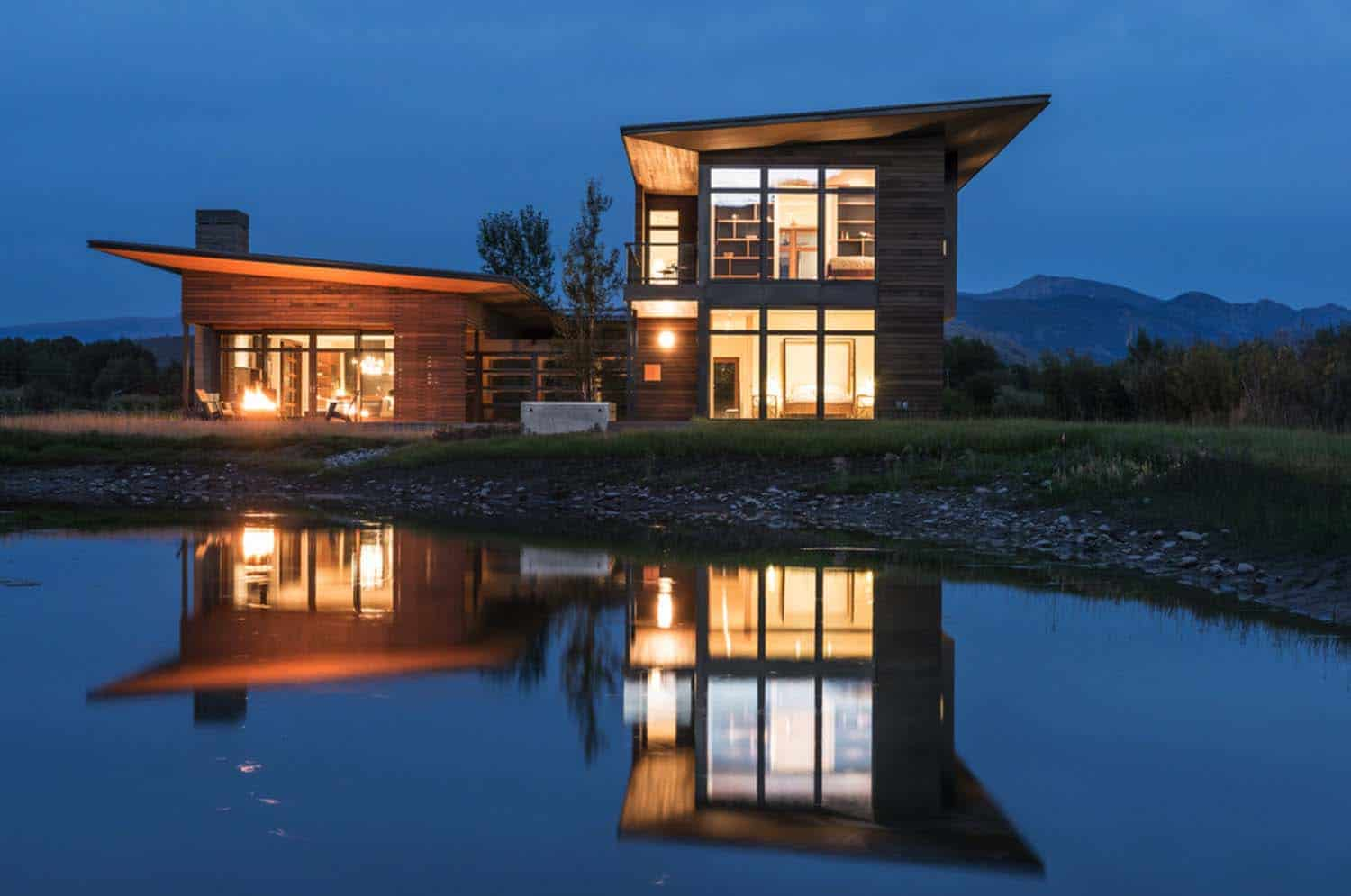 mountain-contemporary-home-carney-logan-burke-35-1-kindesign