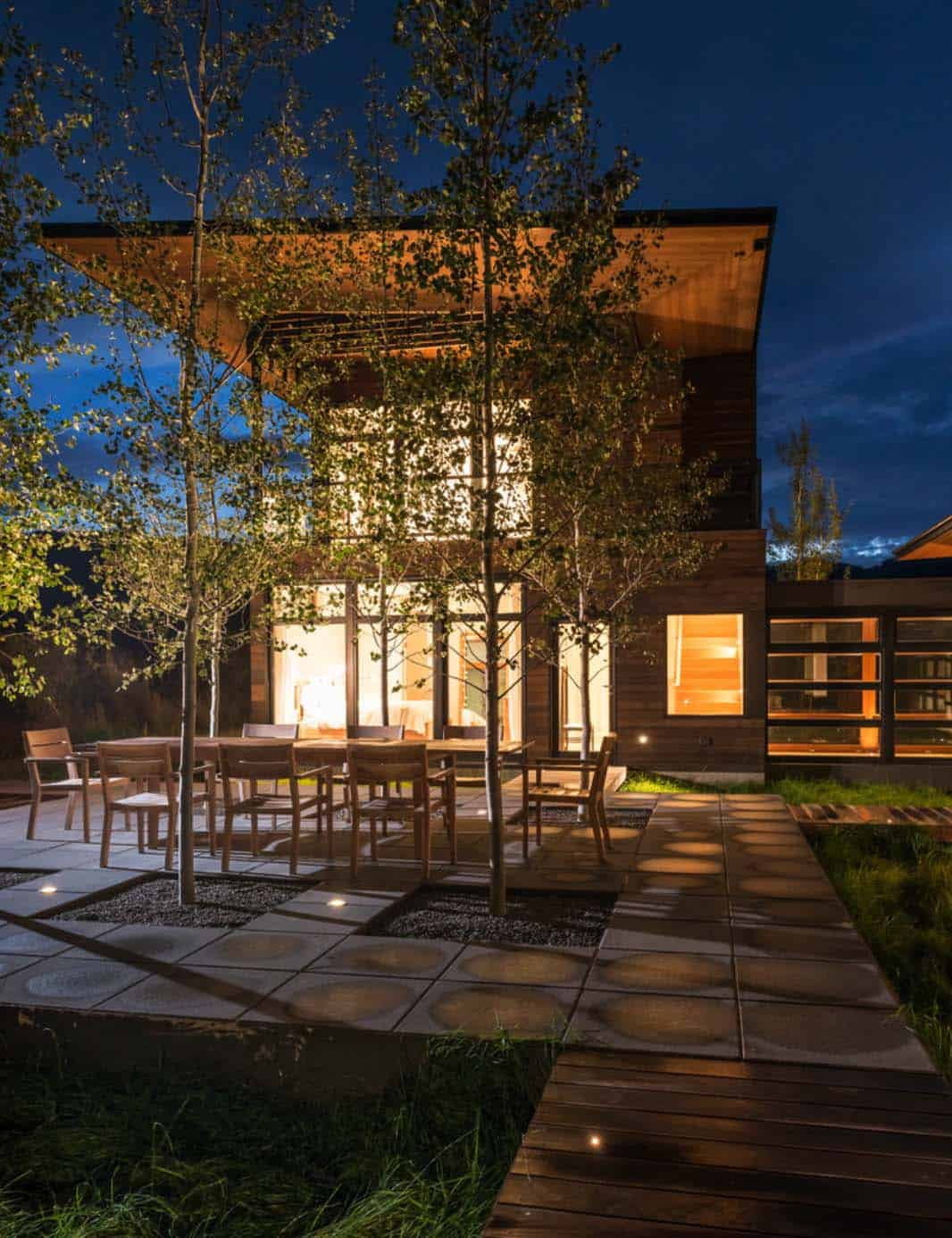 mountain-contemporary-home-carney-logan-burke-38-1-kindesign