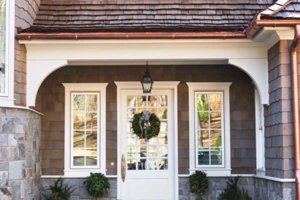 featured posts image for Charming shingle style cottage on Lake Keowee, South Carolina
