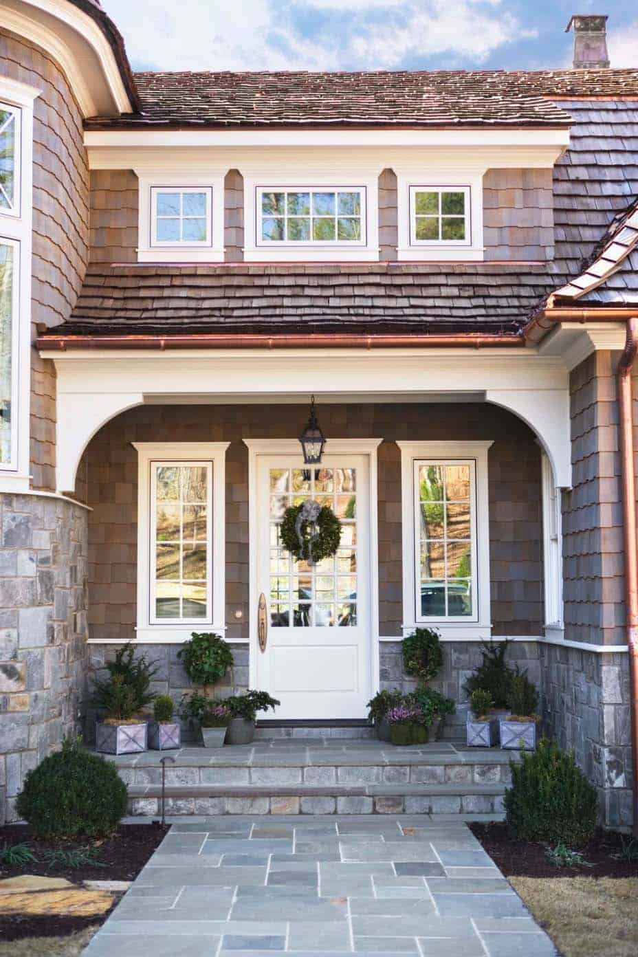 Shingle Style Cottage-Linda McDougald Design-01-1 Kindesign