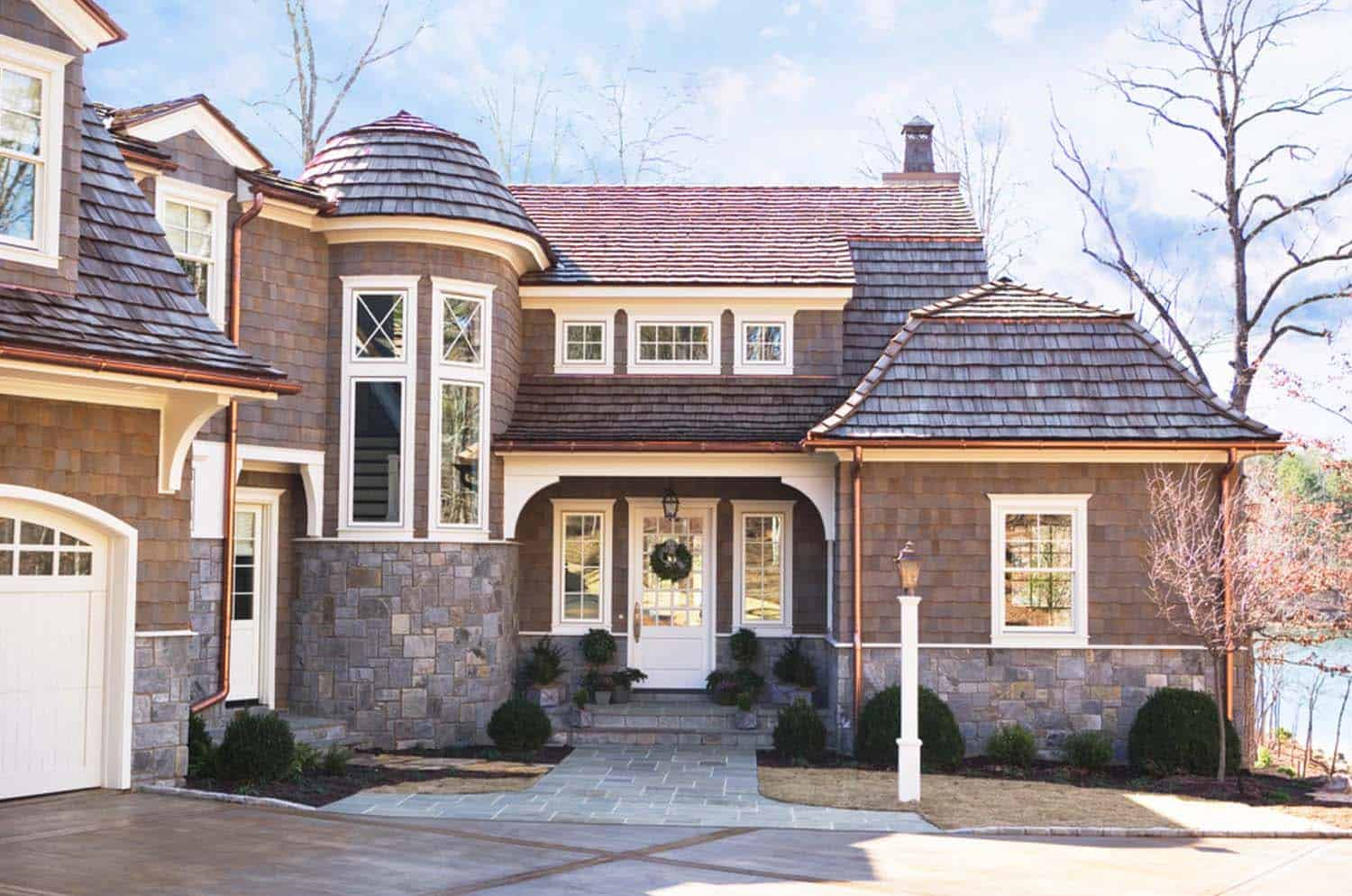 Shingle Style Cottage-Linda McDougald Design-03-1 Kindesign