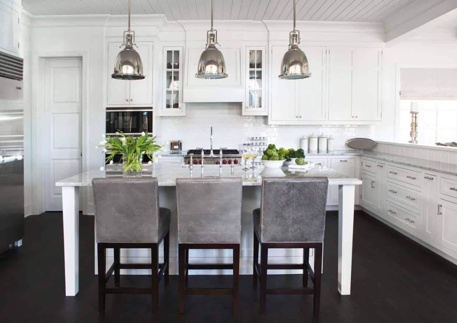 Shingle Style Cottage-Linda McDougald Design-09-1 Kindesign
