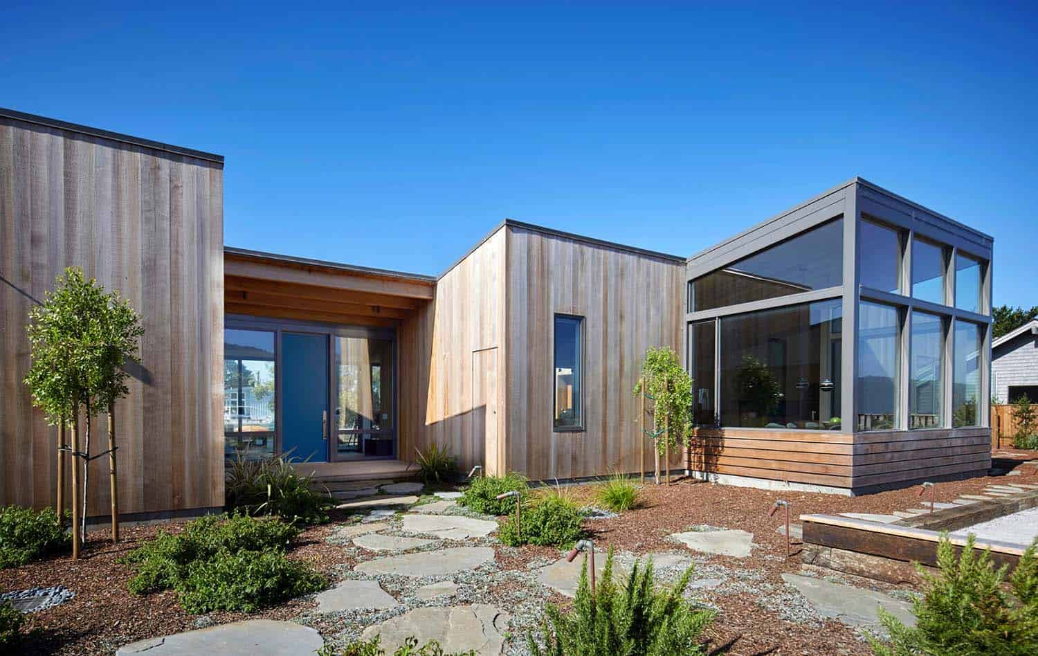 stinson-beach-lagoon-residence-turnbull-griffin-haesloop-03-1-kindesign
