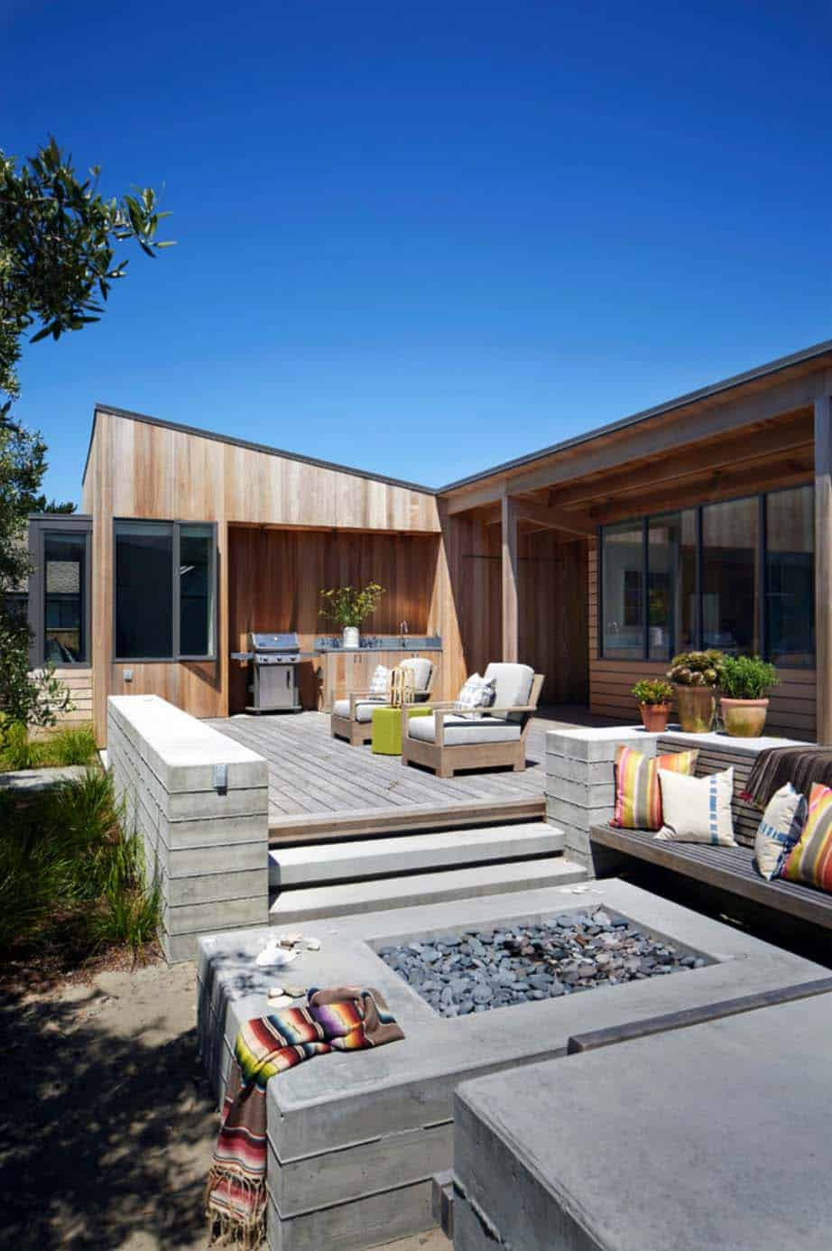 stinson-beach-lagoon-residence-turnbull-griffin-haesloop-06-1-kindesign