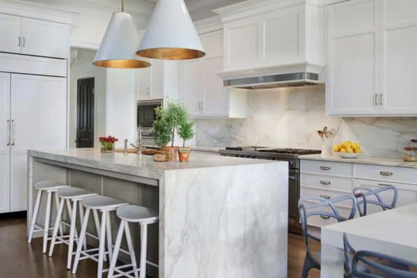 featured posts image for Elegance and sophistication defines transitional style Lincoln Park home