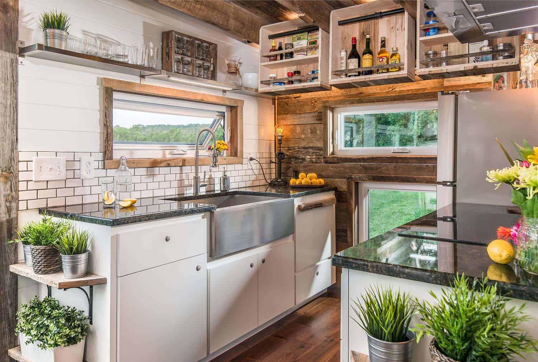 alpha-tiny-house-new-frontier-tiny-homes-21-1-kindesign