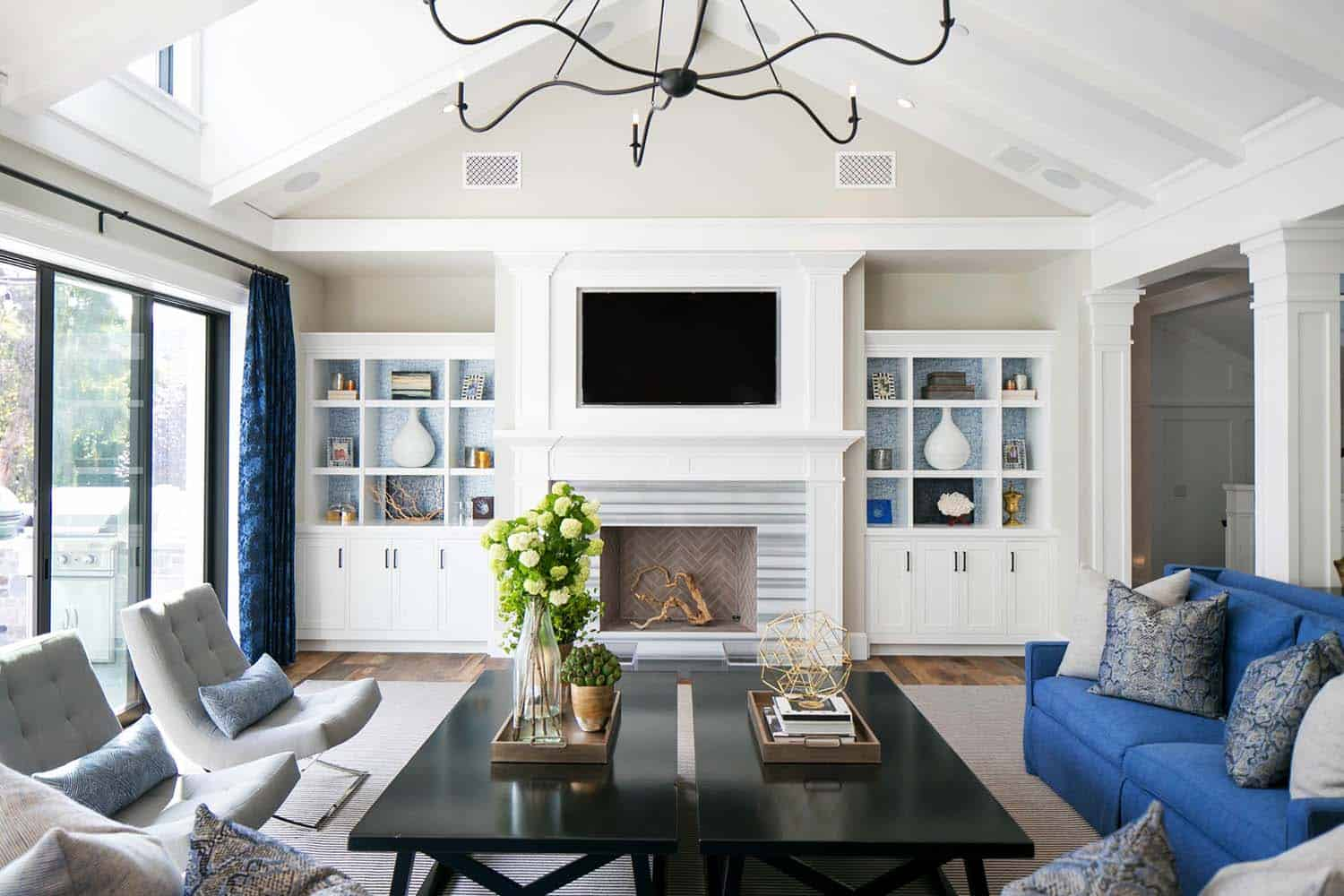 beach-style-home-brooke-wagner-design-04-1-kindesign