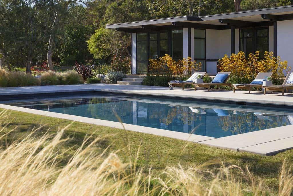 contemporary-home-design-brown-design-group-35-1-kindesign