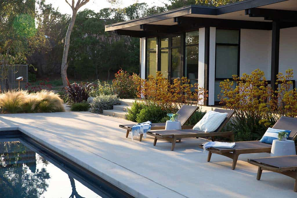contemporary-home-design-brown-design-group-36-1-kindesign